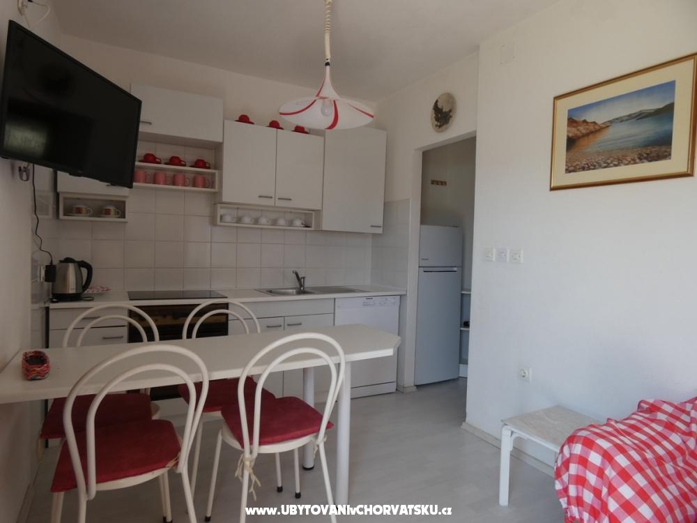 Apartmaji Benestra - ostrov Pag Hrvaška