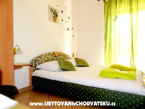Apartmaji Luna - ostrov Pag Hrvaška