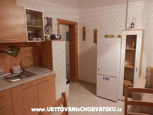 Apartmaji Kovačić - Villa Mila - ostrov Pag Hrvaška