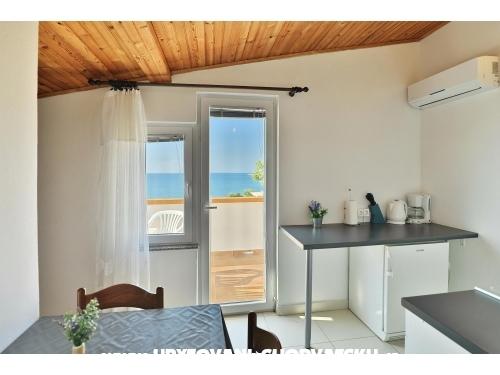 Sirena - ostrov Pag Hrvatska