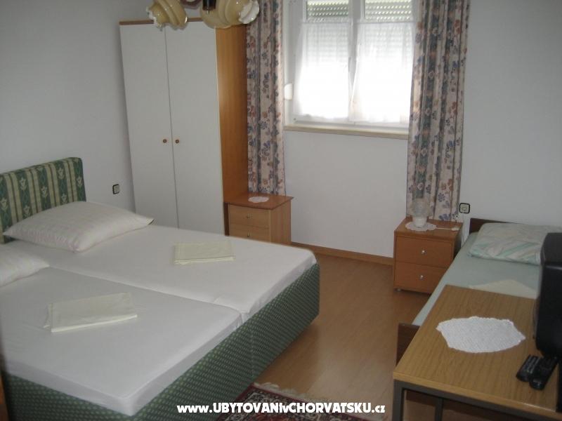 апартамент Zaterini - Starigrad Paklenica Хорватия