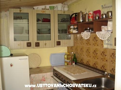 Apartm�ny & Pokoje Danica - Starigrad Paklenica Chorvatsko