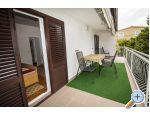 Apartments Irena - Starigrad Paklenica Croatia