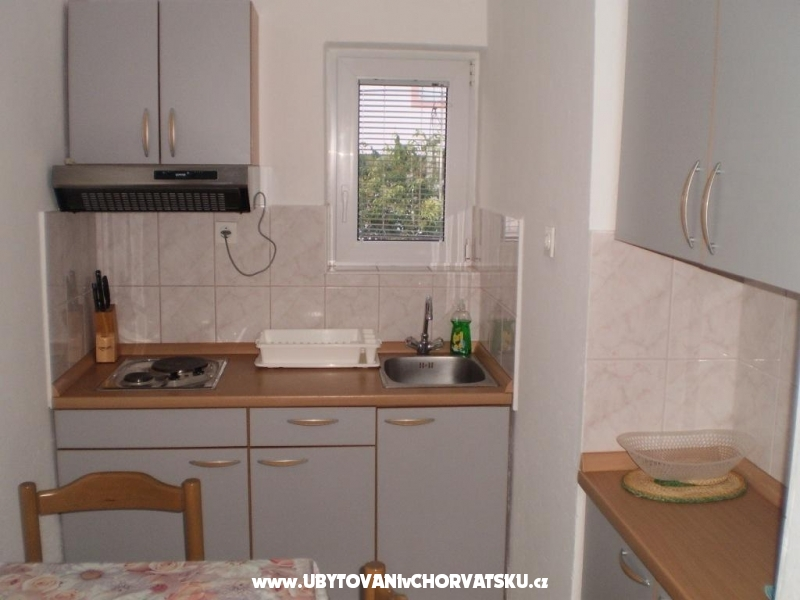 Apartmaji Lucija - Starigrad Paklenica Hrvaška