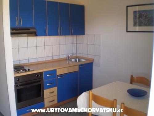 Apartmanok Lucija - Starigrad Paklenica Horvátország