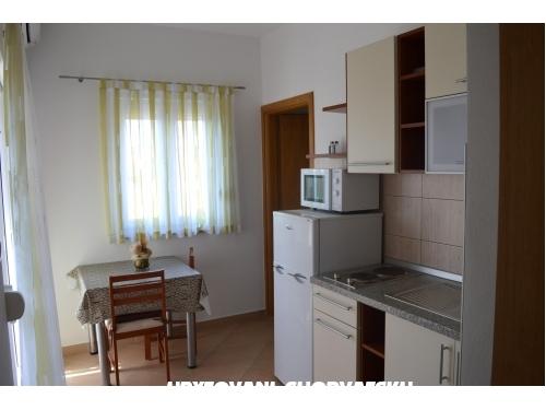 Appartements Marta - Starigrad Paklenica Kroatien
