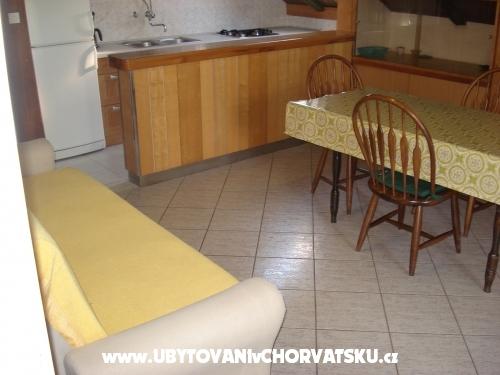 Apartmanok Mia - Starigrad Paklenica Horvátország