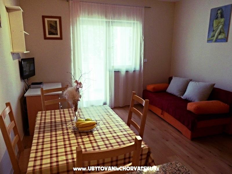 Apartmaji Ante - Starigrad Paklenica Hrvaška
