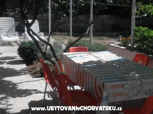 Apartmanok Beli - Starigrad Paklenica Horvátország