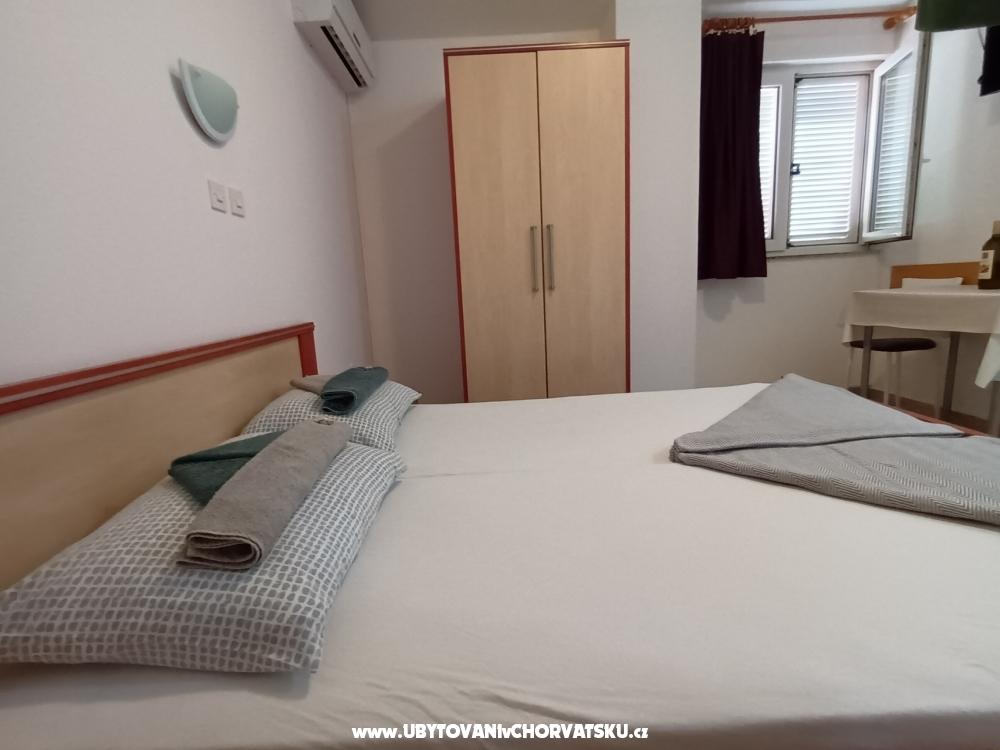 Appartamenti Bosi i Goli - Starigrad Paklenica Croazia