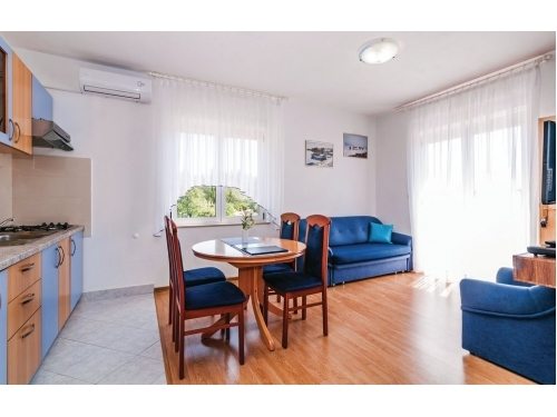 Apartm�ny Mirjana*** - Starigrad Paklenica Chorv�tsko