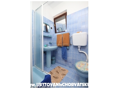 Apartmaji Voyage - Starigrad Paklenica Hrvaška
