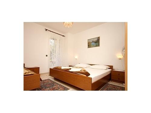 Apartments Voyage - Starigrad Paklenica Croatia
