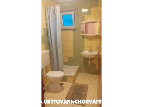 Apartmani Ana - Pakoštane Hrvatska