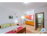 Appartements Ana - Pakoštane Kroatien
