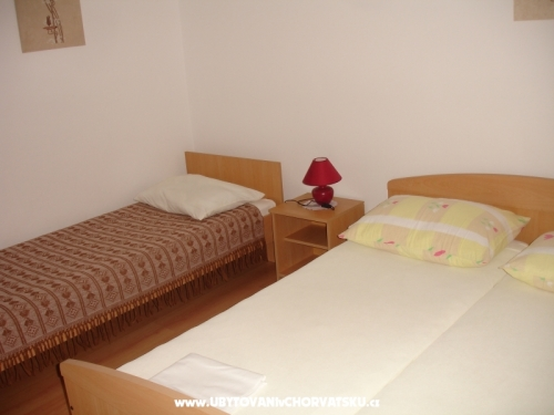 Apartments Dokoza - Pako�tane Croatia