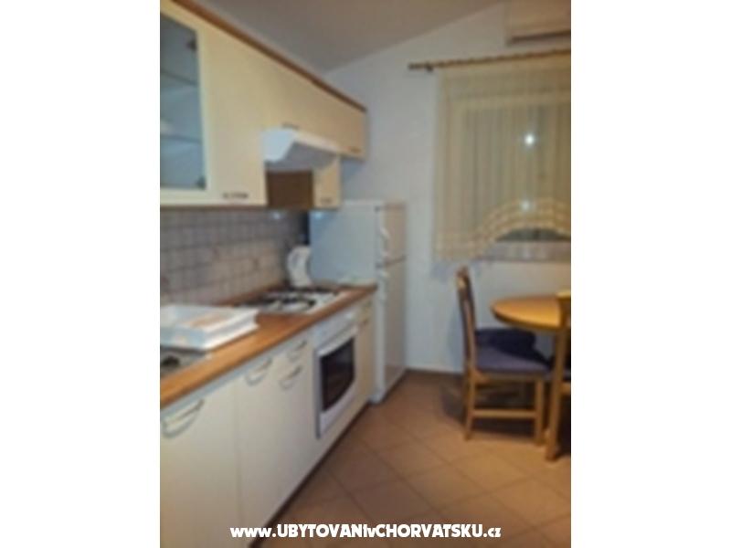 Apartmani Irena - Milivoj - Pakoštane Hrvatska