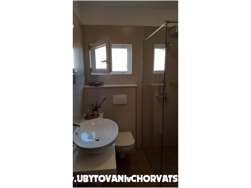 Apartmanok Iva - Pako�tane Horv�torsz�g