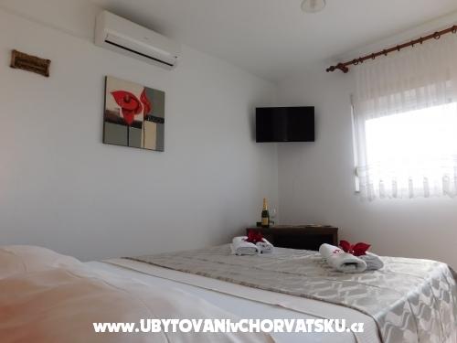 Apartmani Iva - Pakoštane Hrvatska