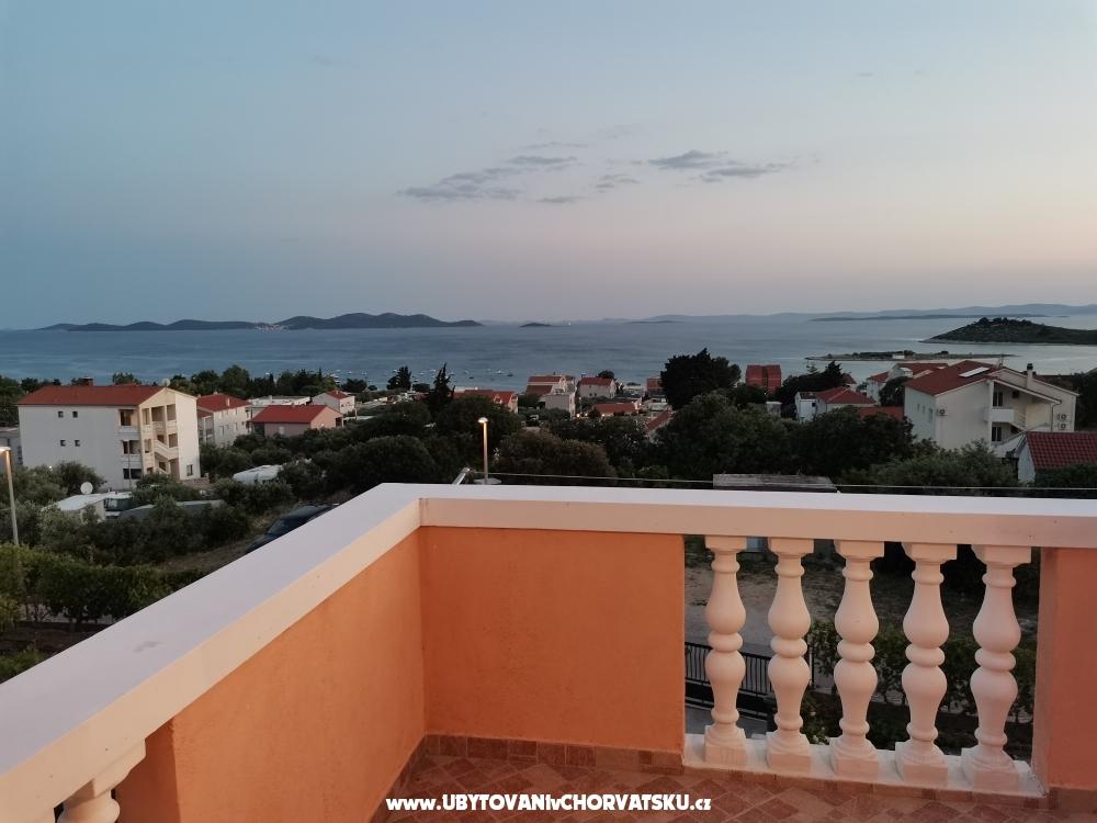 Appartements IVANKA - Pako�tane Croatie