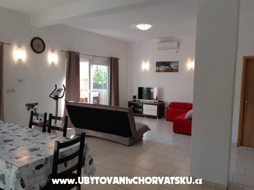 Apartments Jasa - Pakoštane Croatia