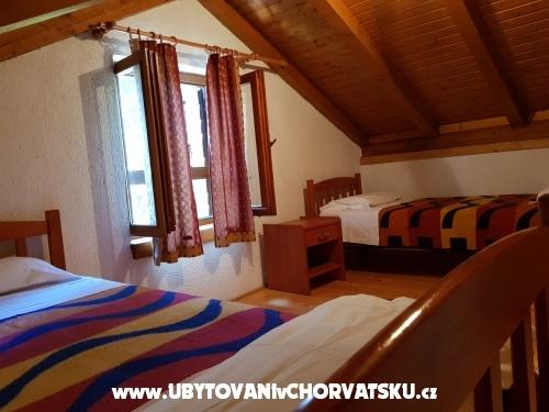 Apartmaji Kukin - Pakoštane Hrvaška
