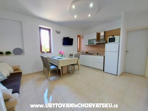 Apartmanok Ljubica - Pako�tane Horv�torsz�g