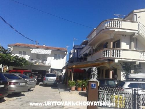 Appartements Ljubica - Pakoštane Croatie