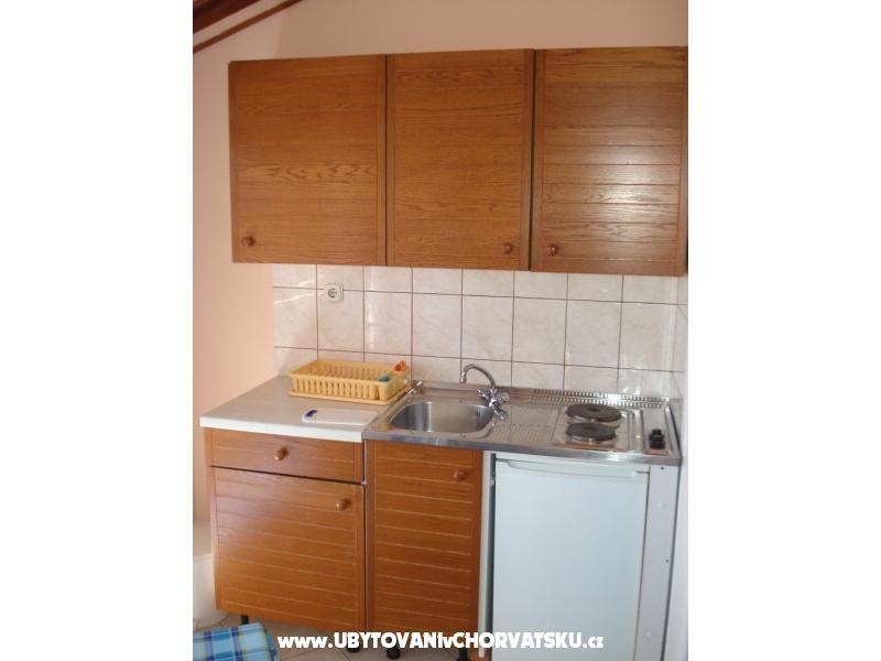Apartmanok Milan Dragutin �udina - Pako�tane Horv�torsz�g