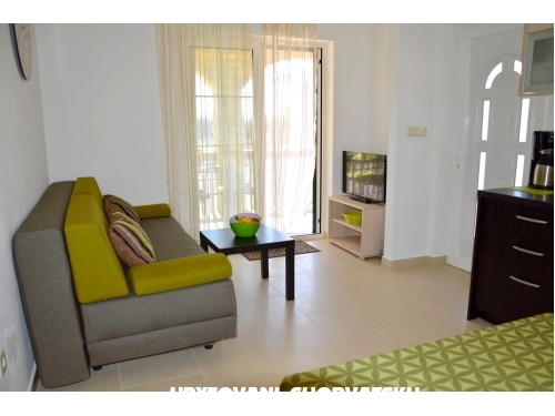 Apartments Monika - Pako�tane Croatia