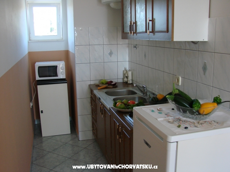 Rasin Appartements - Pakoštane Croatie