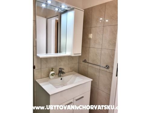 Apartmány Tina - Pakoštane Chorvatsko