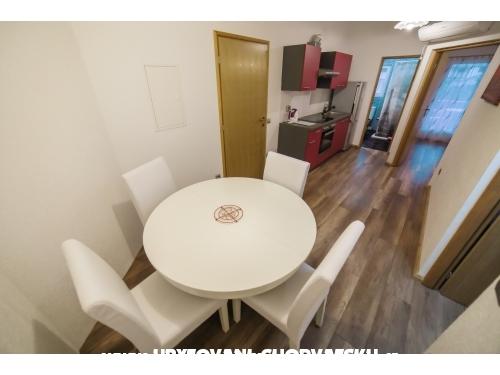 Apartments Ivišić - Pakoštane Croatia