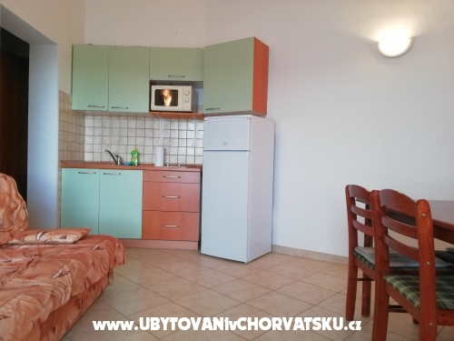 Apartments Roko - Pakoštane Croatia