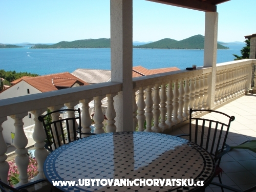 Apartments Fijan - Pakoštane Croatia