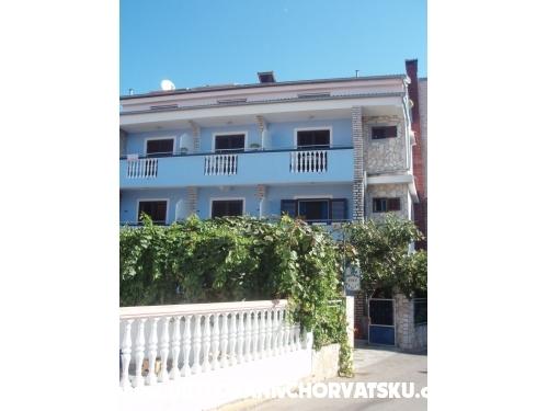 Vila Ruži - Pakoštane Croatia