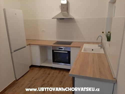 Villa Adriatica - Pakoštane Hrvaška