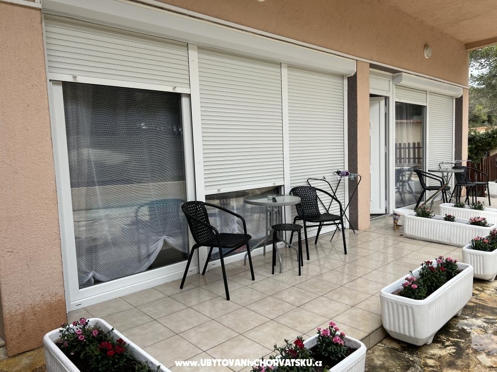 Villa Julia 3 *** - Pako�tane Kroatien