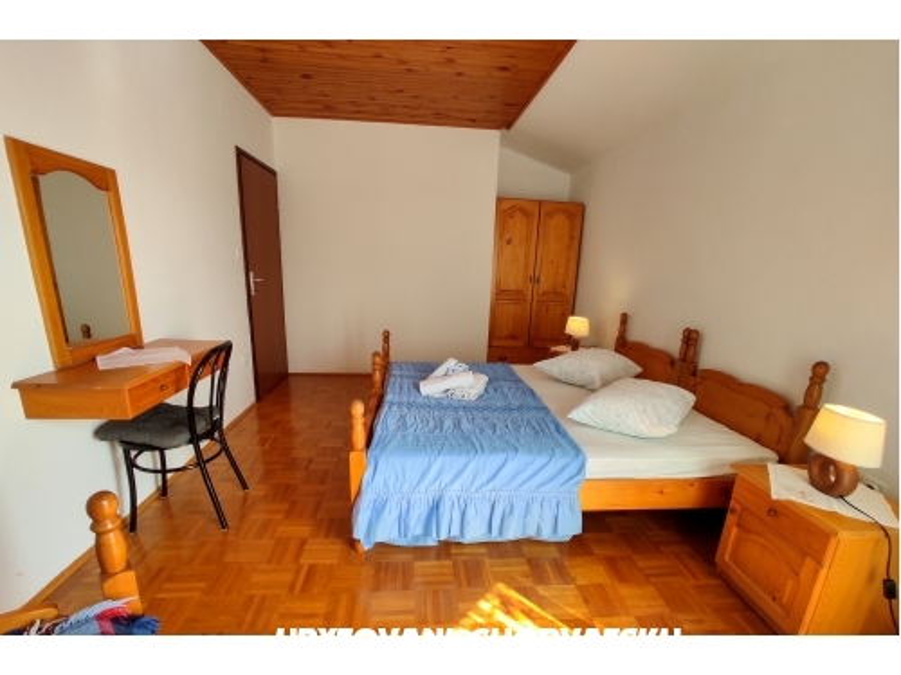 Apartments Erna - ostrov Pašman Croatia