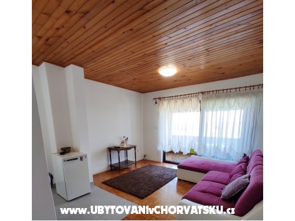 Apartmaji Erna - ostrov Pašman Hrvaška