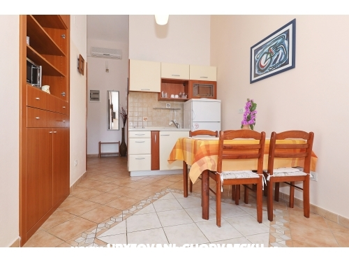 Apartments Suzana - ostrov Pašman Croatia