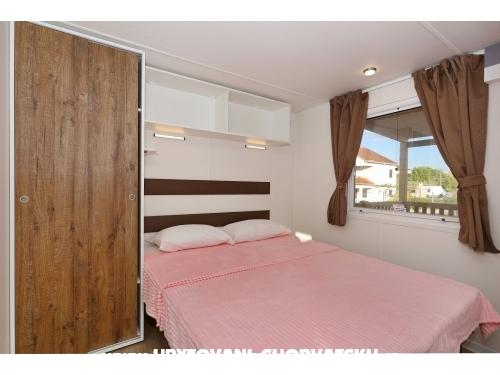 Apartmaji Kamp Ortić - ostrov Pašman Hrvaška