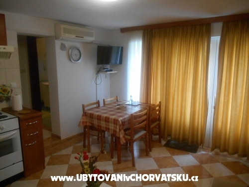 Apartments Ankica - Petrčane Croatia