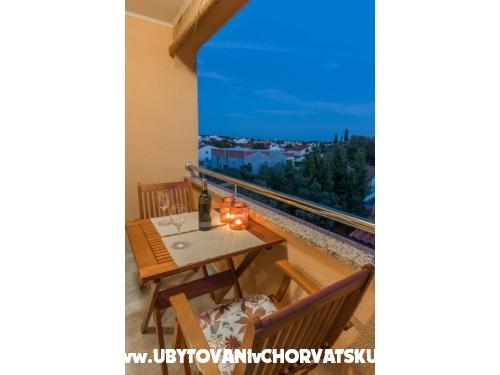 Apartmaji Bukvić - Petrčane Hrvaška