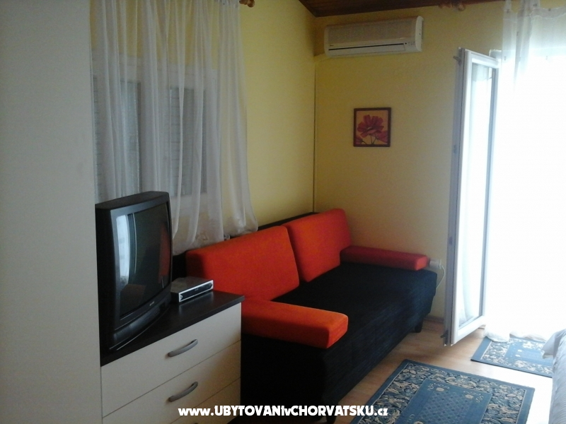 Apartments Neda - Petr�ane Croatia