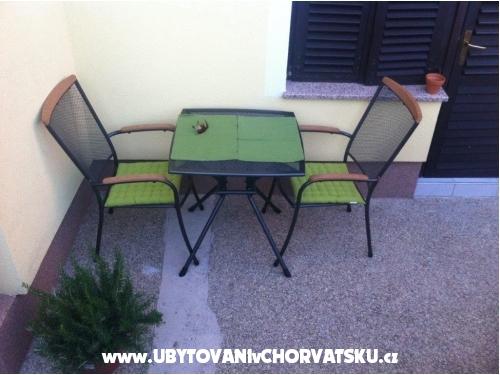 Apartmani Meic - Pirovac Hrvatska