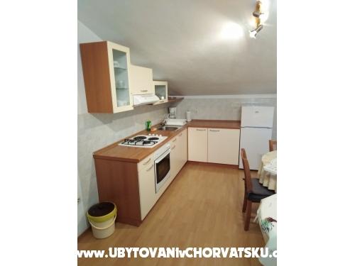 Apartm�ny �ubri� - Pirovac Chorvatsko