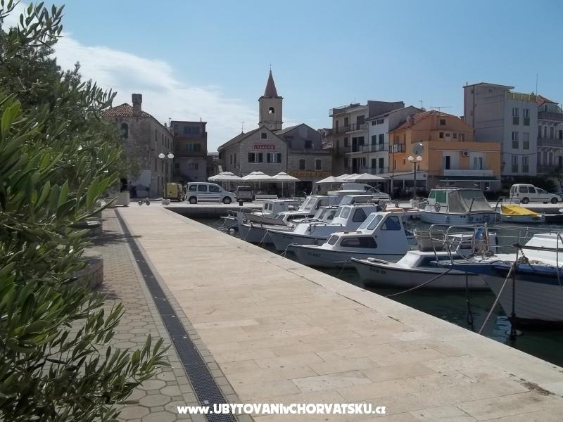 Appartementen Lucijana - Pirovac Kroatië