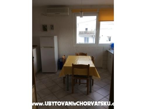 Apartmány more - Pirovac Chorvatsko