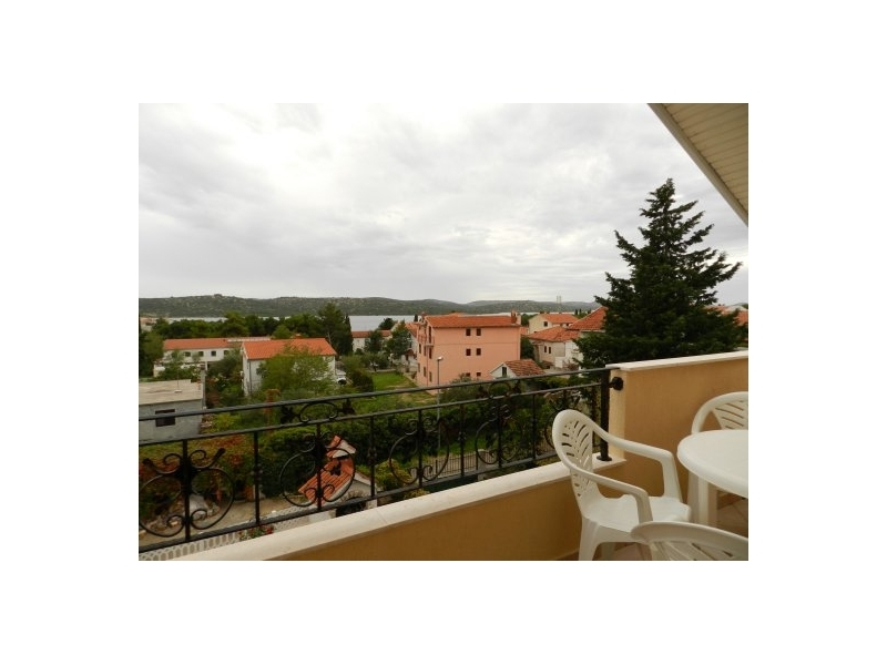 Apartments NELA - Pirovac Croatia